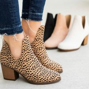On sale. Cheetah print booties